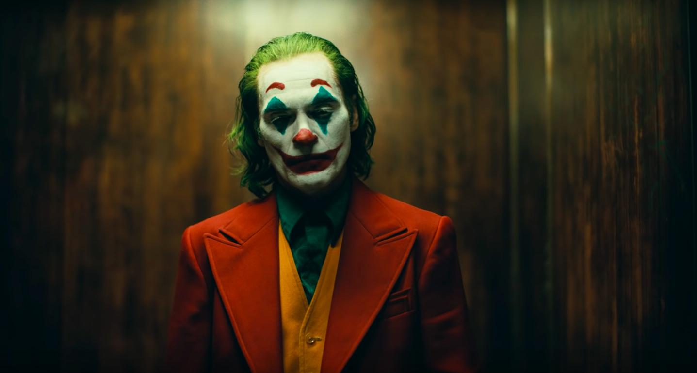 nagy pánik filmszukák, amelyek spriccelnek